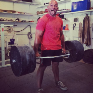 Ross Enamait deadlifting 585lbs with the trapbar